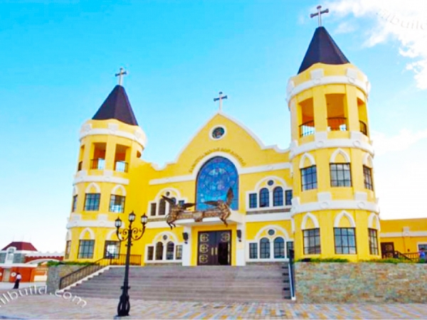 Delfin Lee of Globe Asiatique, donates 85 Million worth to the Local Church of Mabalacat